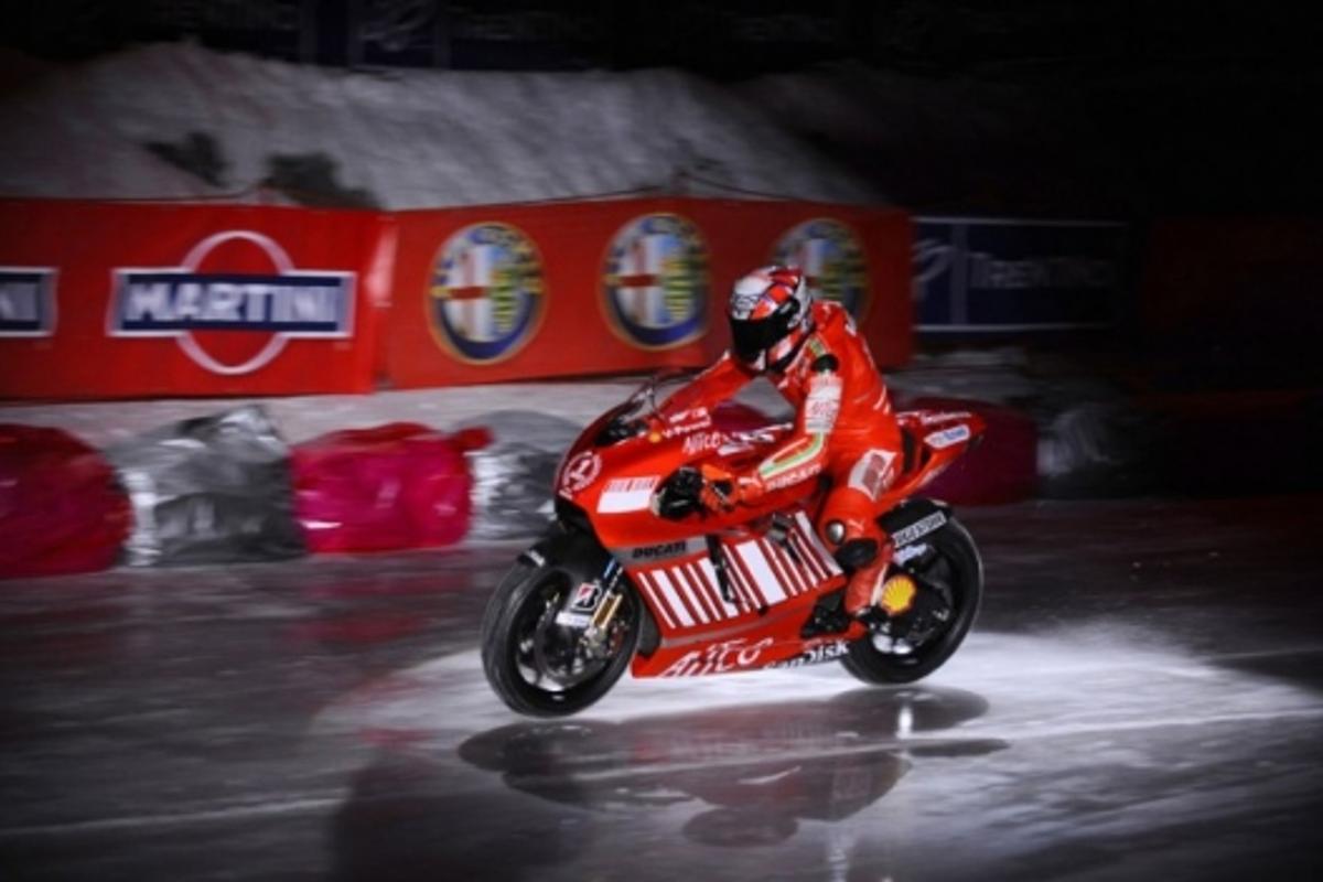 Guareschi rides the Desmosedici onto the ice floor