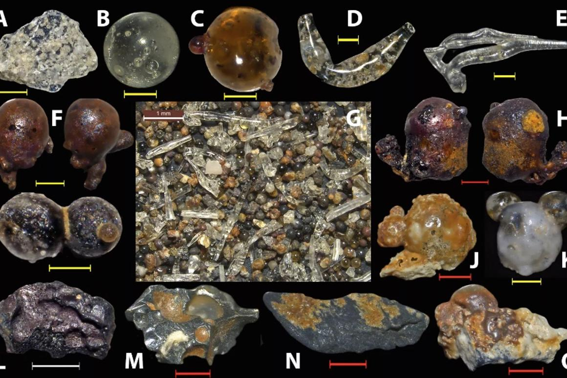 Particles collected from the sands near Hiroshima, some of which were coated in layers of silica, or even had a rubber-like composition