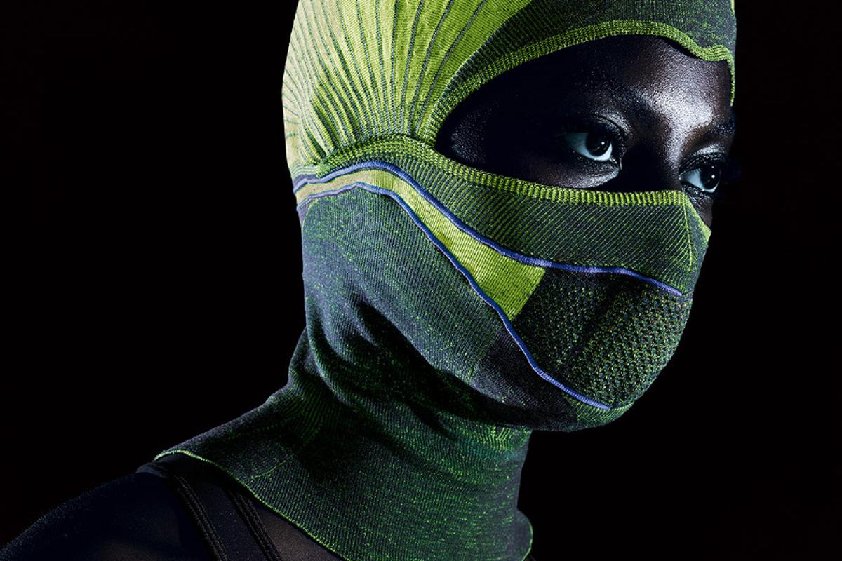 Flat-bed knitting technology allowsheating wires to be woven directly into the fabric of the smart balaclava