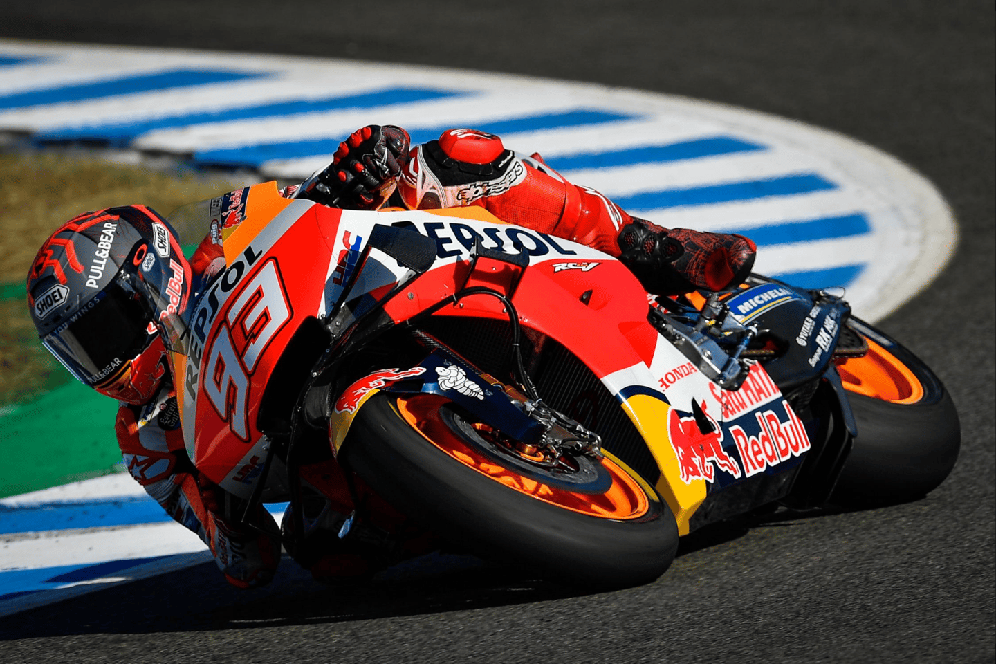 Spanish MotoGP champion Marc Marquez is planning to race this weekend after breaking his arm in a gnarly crash on Sunday