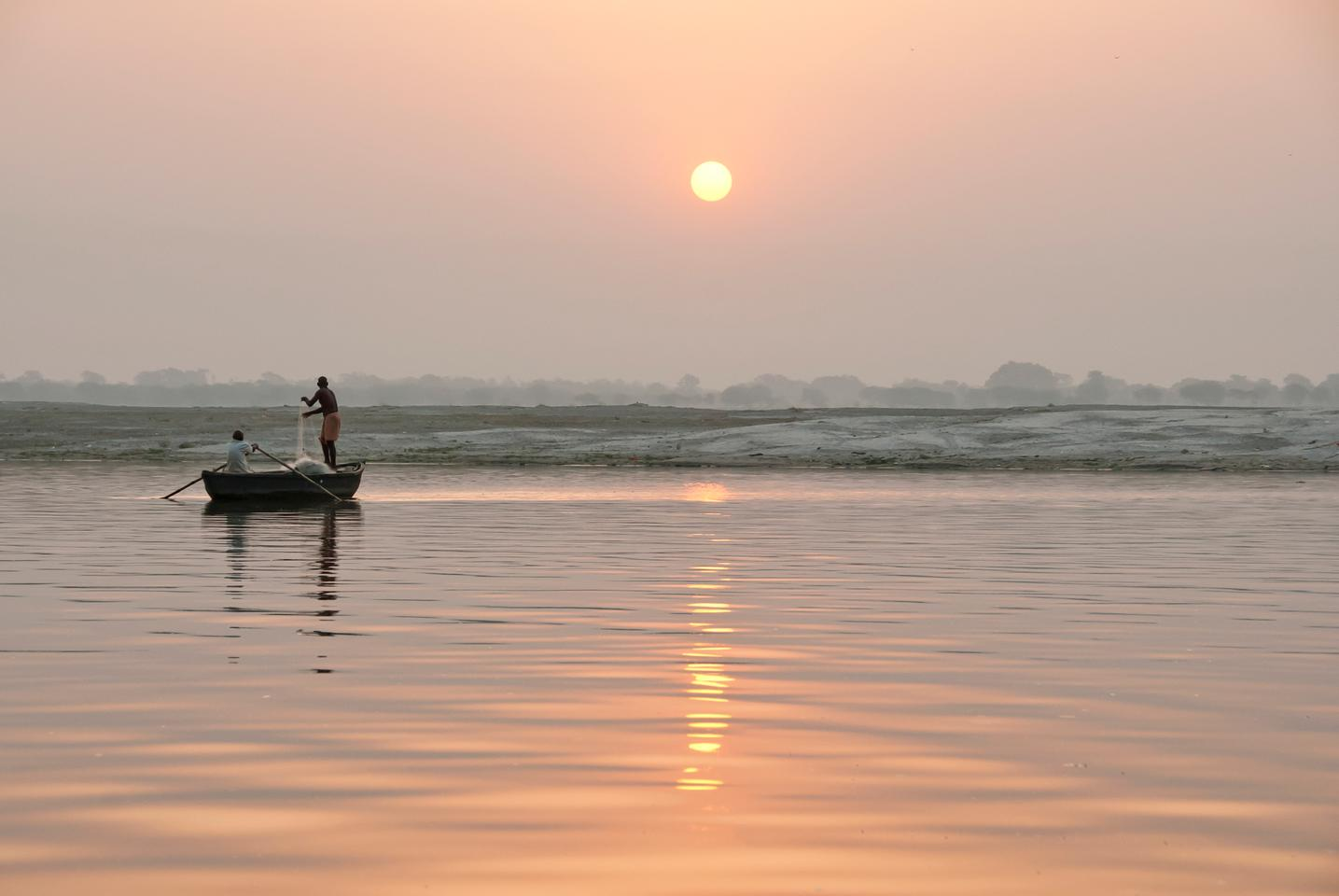 Scientists have found that billions of plastic particles enter the ocean each day via the Ganges river