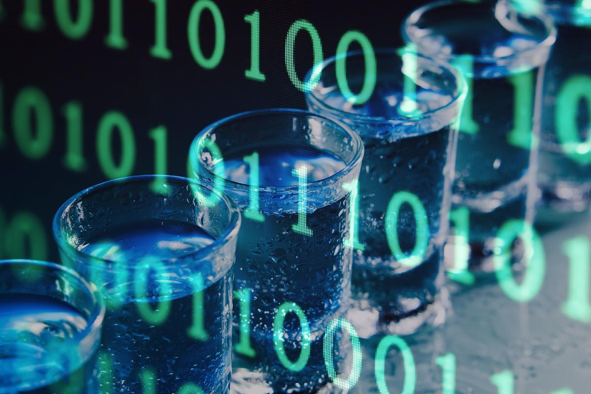 A molecular messaging system capable of transmitting data over several meters has been built using off-the-shelf materials costing around US$100 and some vodka (Images: Shutterstock [1], [2])