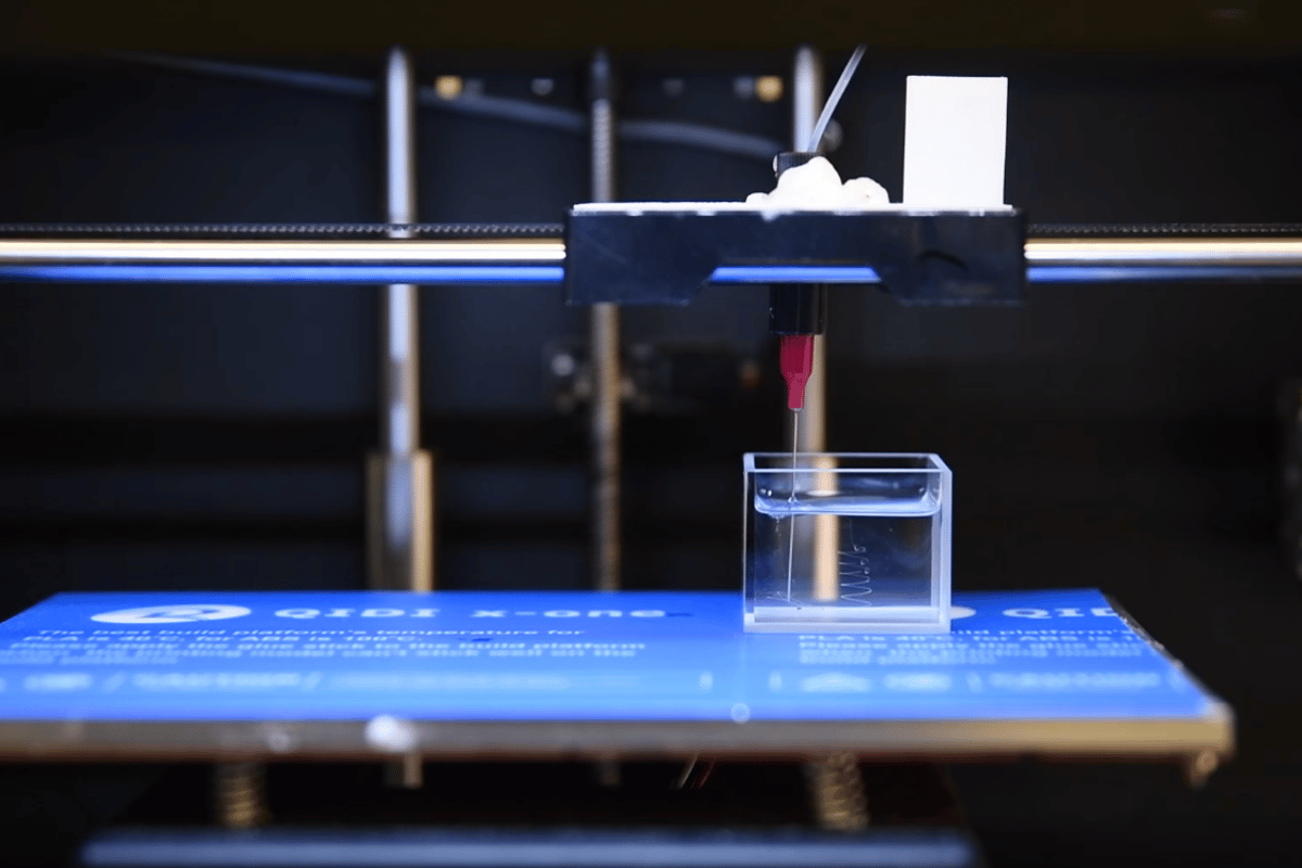 A new technique allows for all-liquid 3D printing, with applications in flexible and stretchable electronics, medicine, and nanotechnology