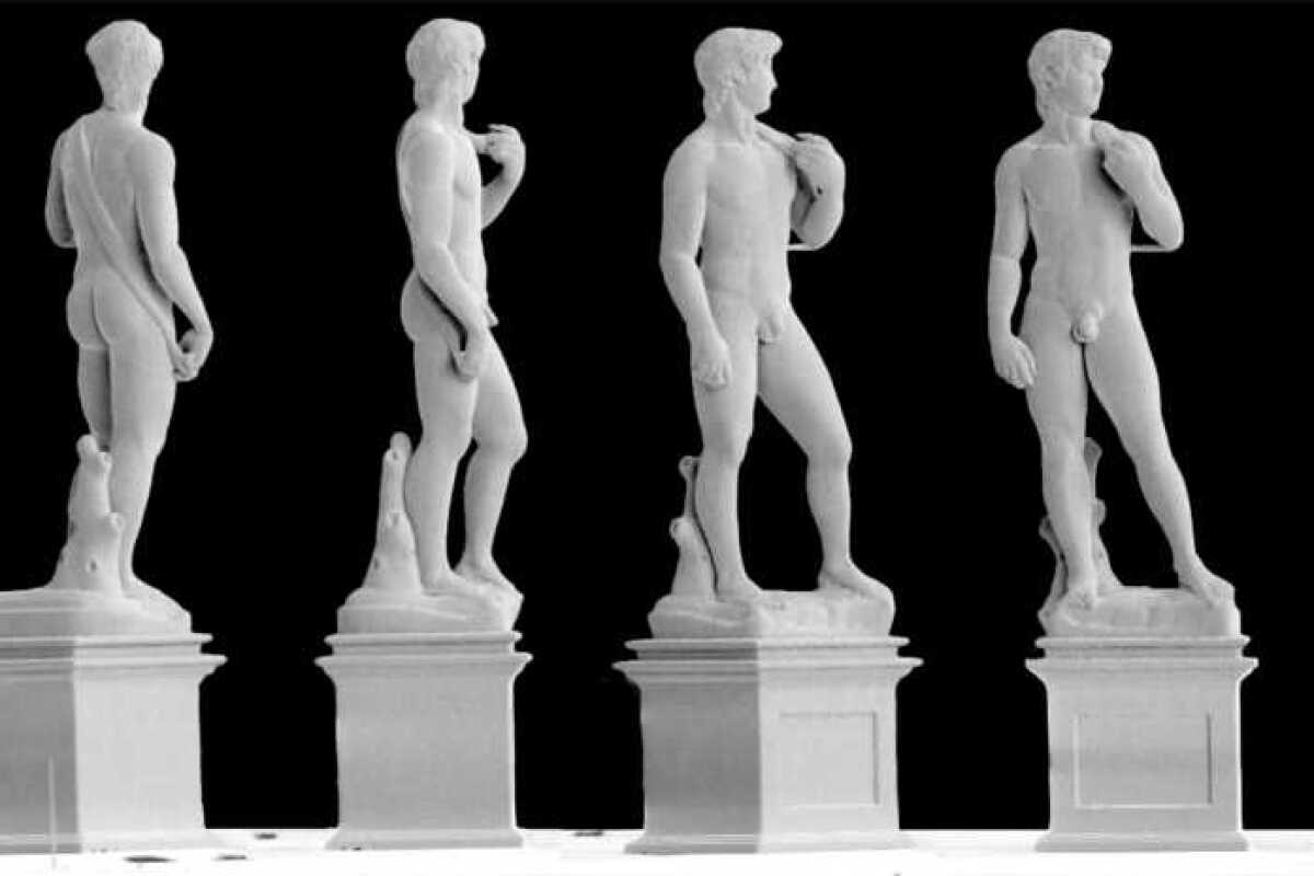 Michelangelo's David 3D-printed in miniature