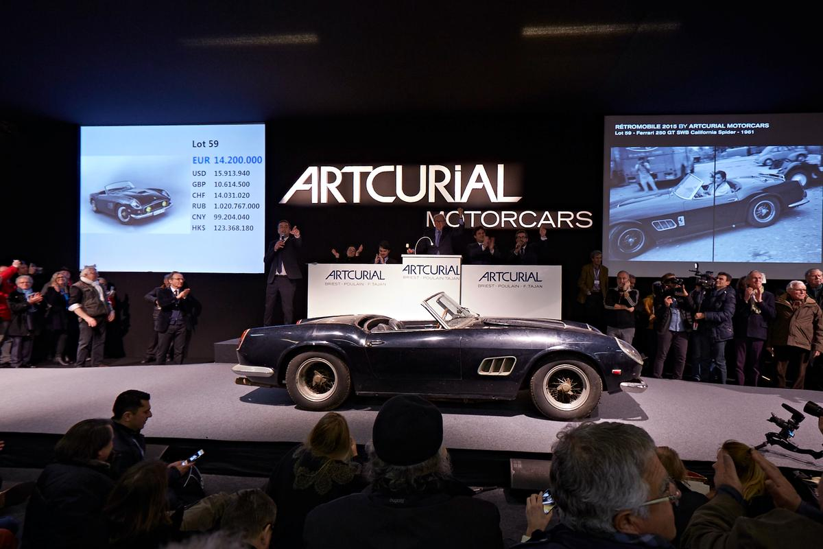 Other highlights of the Baillon collection sale included a 1956 A6G Maserati Grand Sport fetching US$2.18 (EUR€1.72 million plus commission), a Saoutchik-bodied 1949 Talbot Lago T26 Grand Sport (US$1.838 million - EUR€1.45 million plus costs) and another Talbot Lago T26 Saoutchik (US$792,344 - EUR€625,000 plus costs) formerly thought to be owned by King Farouk