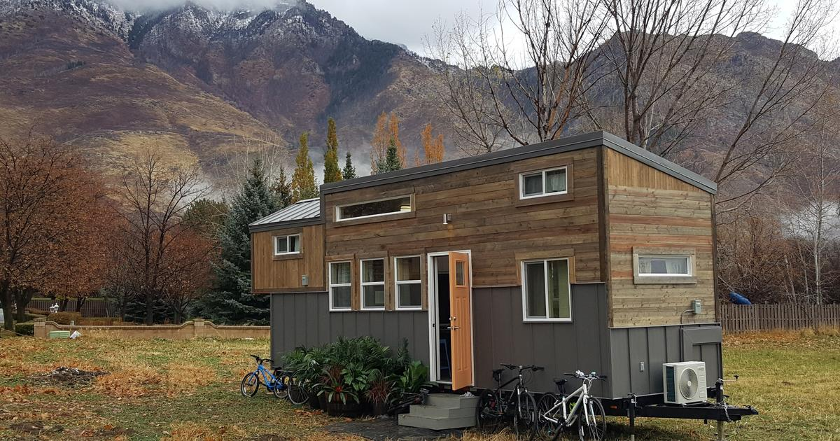 Solar-powered tiny house sleeps a family of four