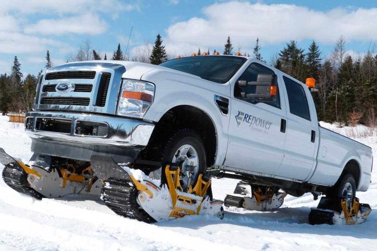 The Track N Go system incorporates the vehicle's existing tires
