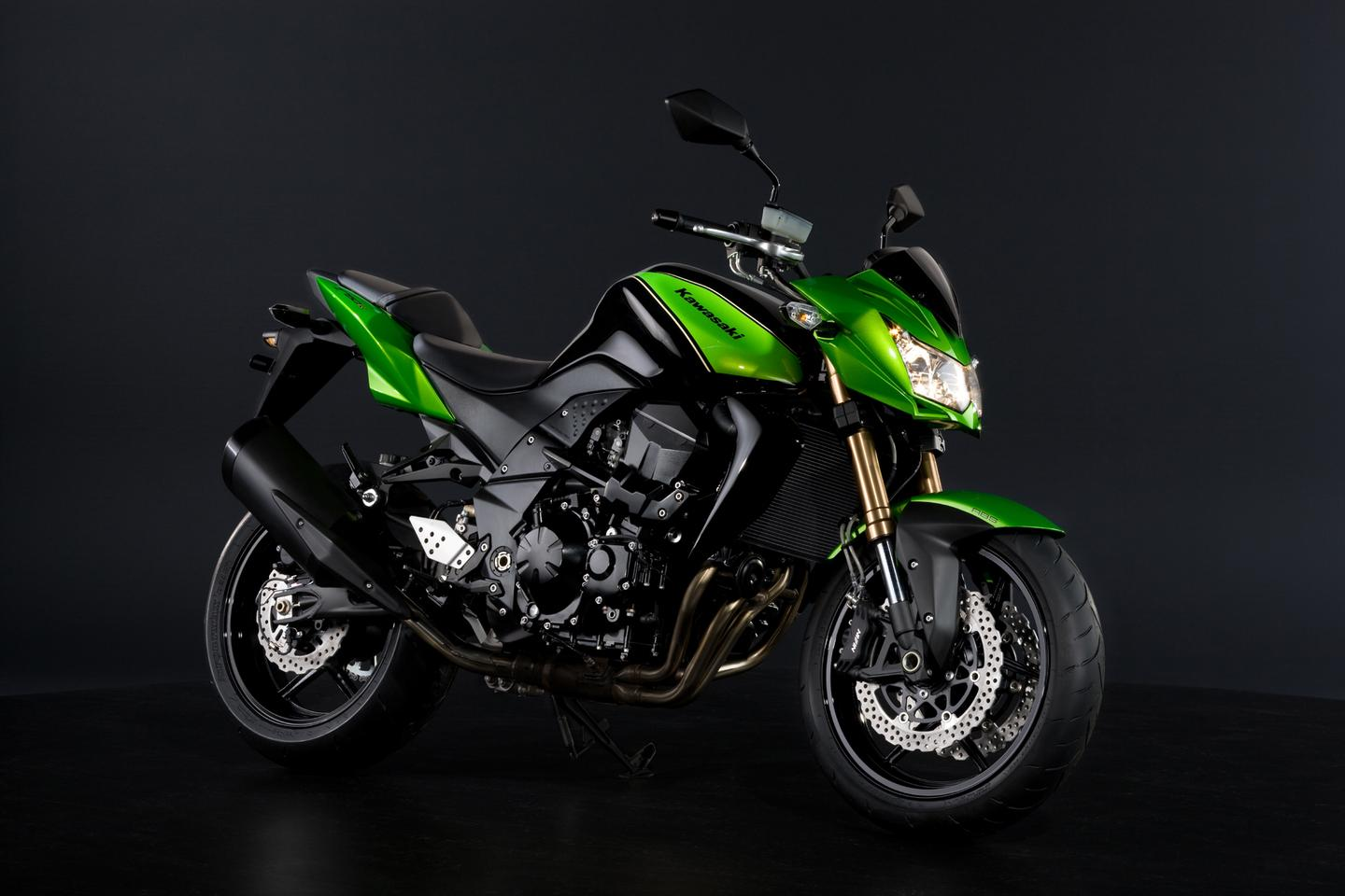 Kawasaki new Z750R sports suspension at both ends plus radial mounts for the four-piston Nissin calipers