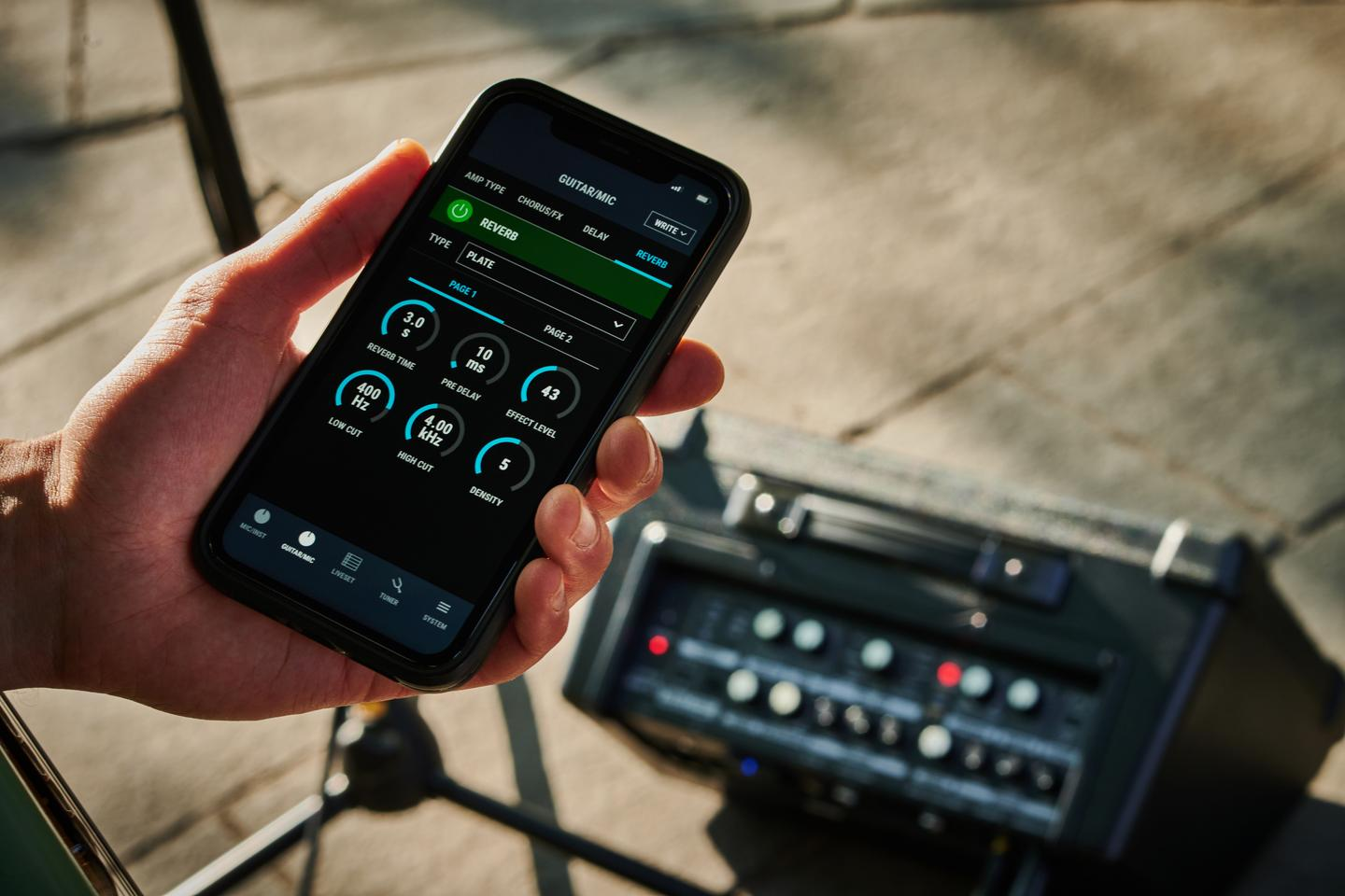 """A mobile companion app is available for """"extended functionality such as deep effects editing, battery level monitoring, Live Set creation, and much more"""""""