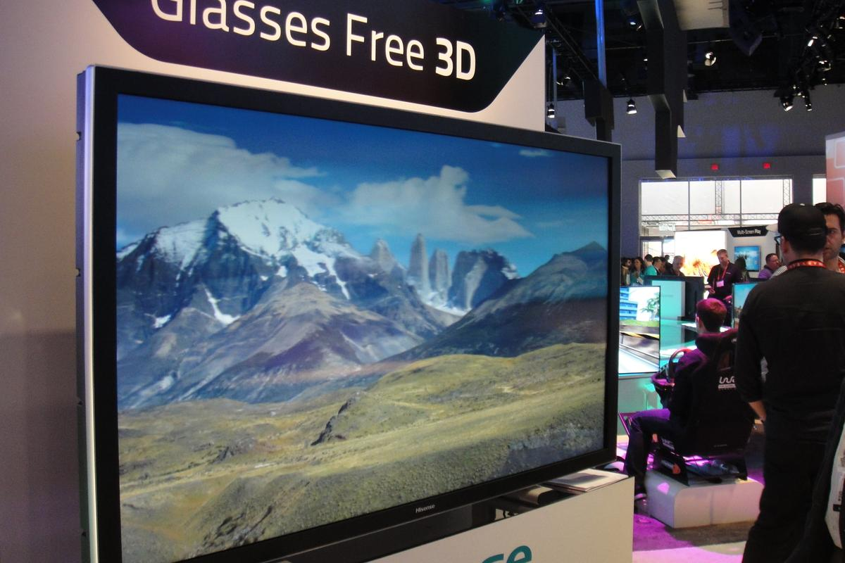 The new 60-inch TV uses an Ultra High Definition (UHD) panel to provide a clear, 3D picture from almost any angle, so multiple viewers can enjoy the 3D effect without needing multiple pairs of glasses
