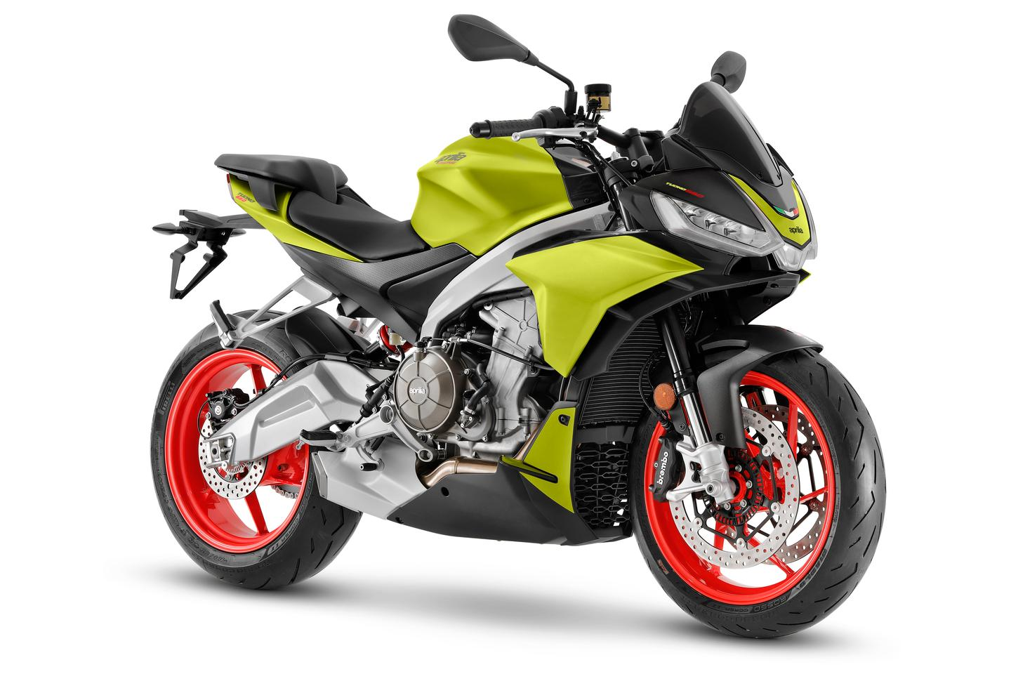 Aprilia expands the Tuono family to the middle capacity class with the 2021 Tuono 660