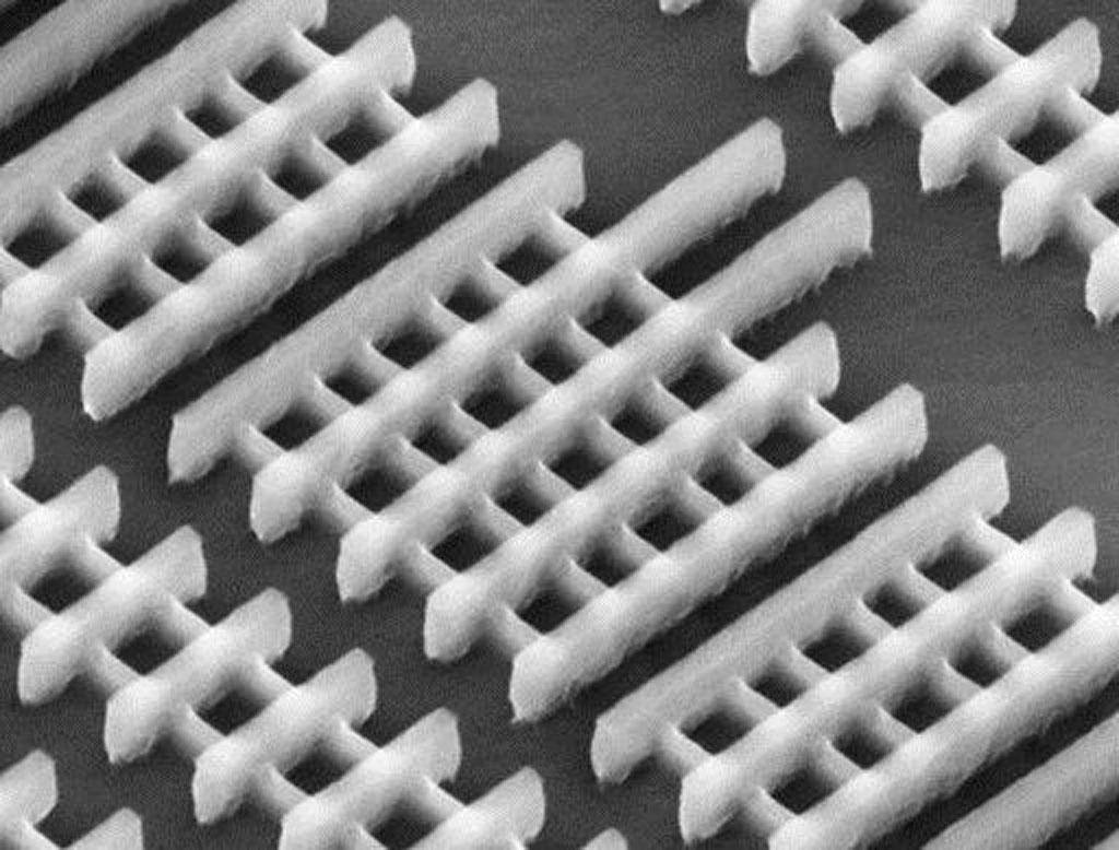 Intel's 3-D transistors to keep pace with Moore's Law