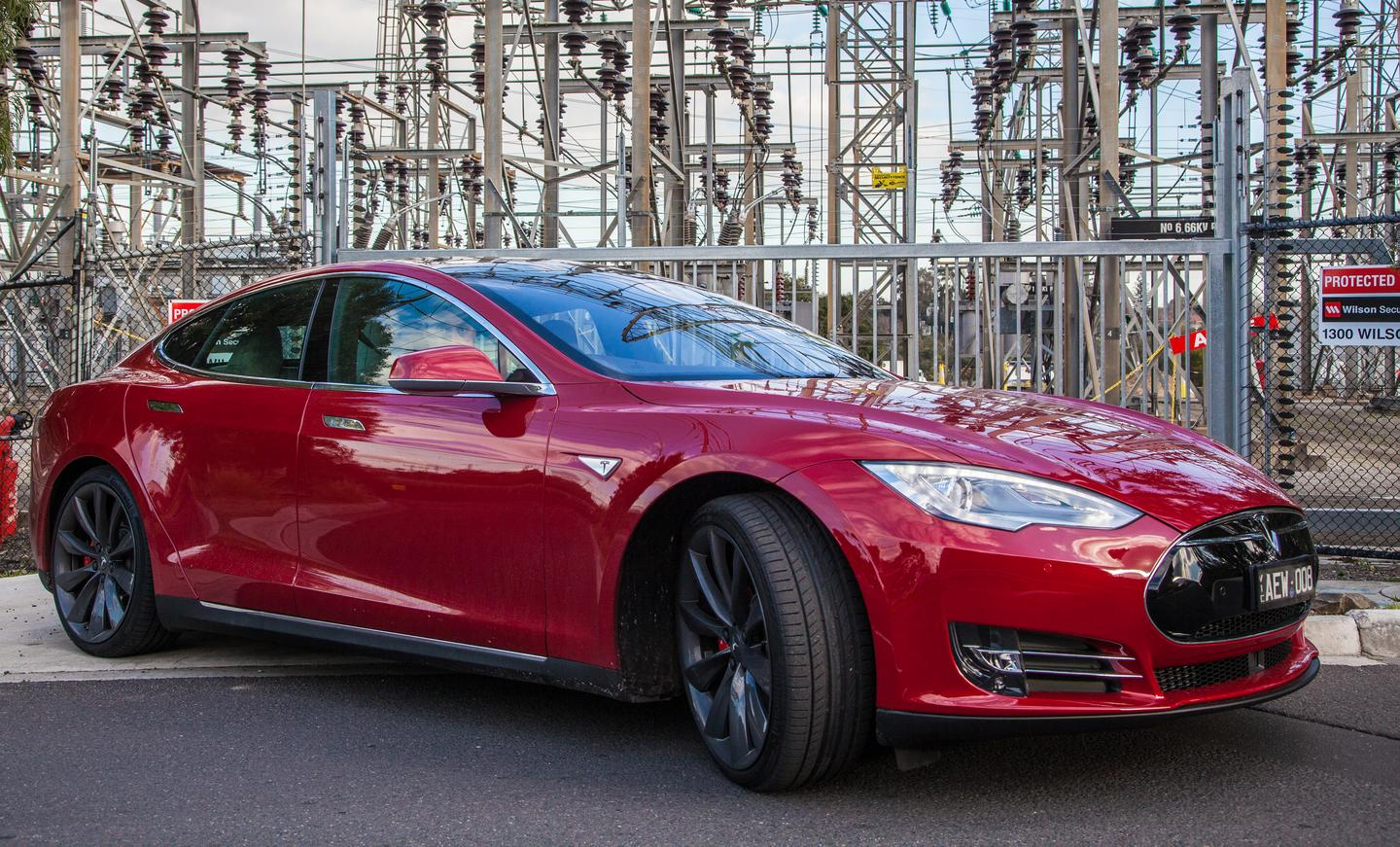 The Model S P85D combines supercar acceleration with a practical, spacious body