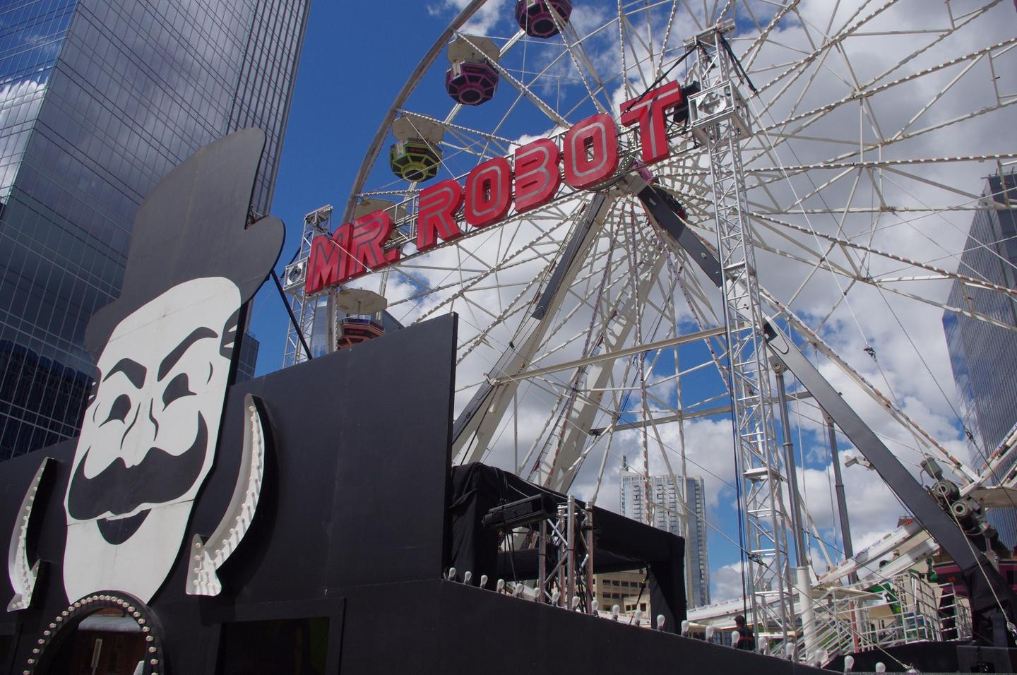 The Mr. Robot Ferris wheel by day at Austin's SXSW festival