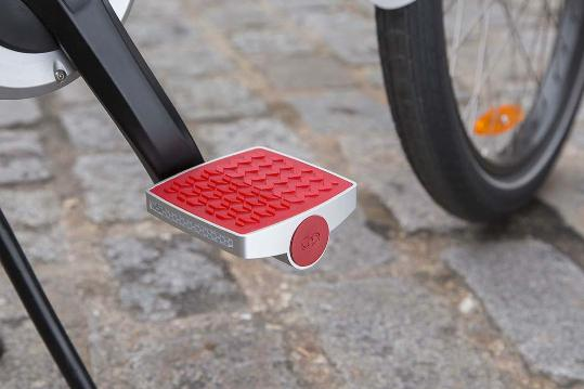 The unassuming-looking Connected Cycle pedal is packed with electronics