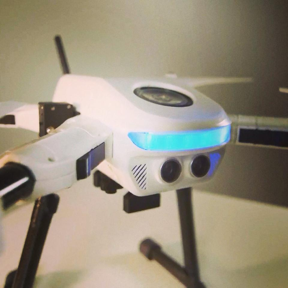 The PlexiDrone sports a sensor at the front designed to detect objects within a proximity of 3 m (10 ft) to help prevent collisions