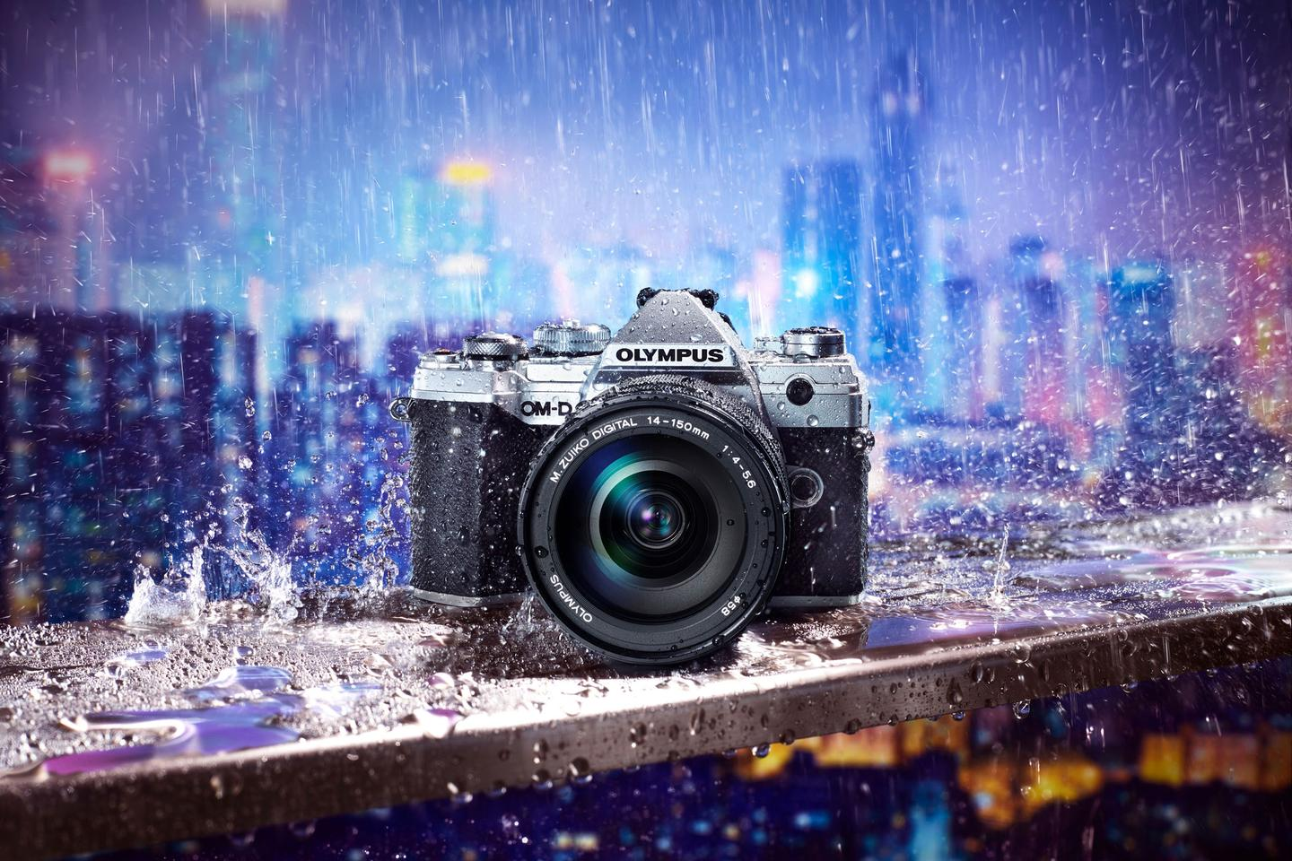 The compact OM-D E-M5 Mark III shares much of its technology with the Olympus E-M1 Mark II flagship