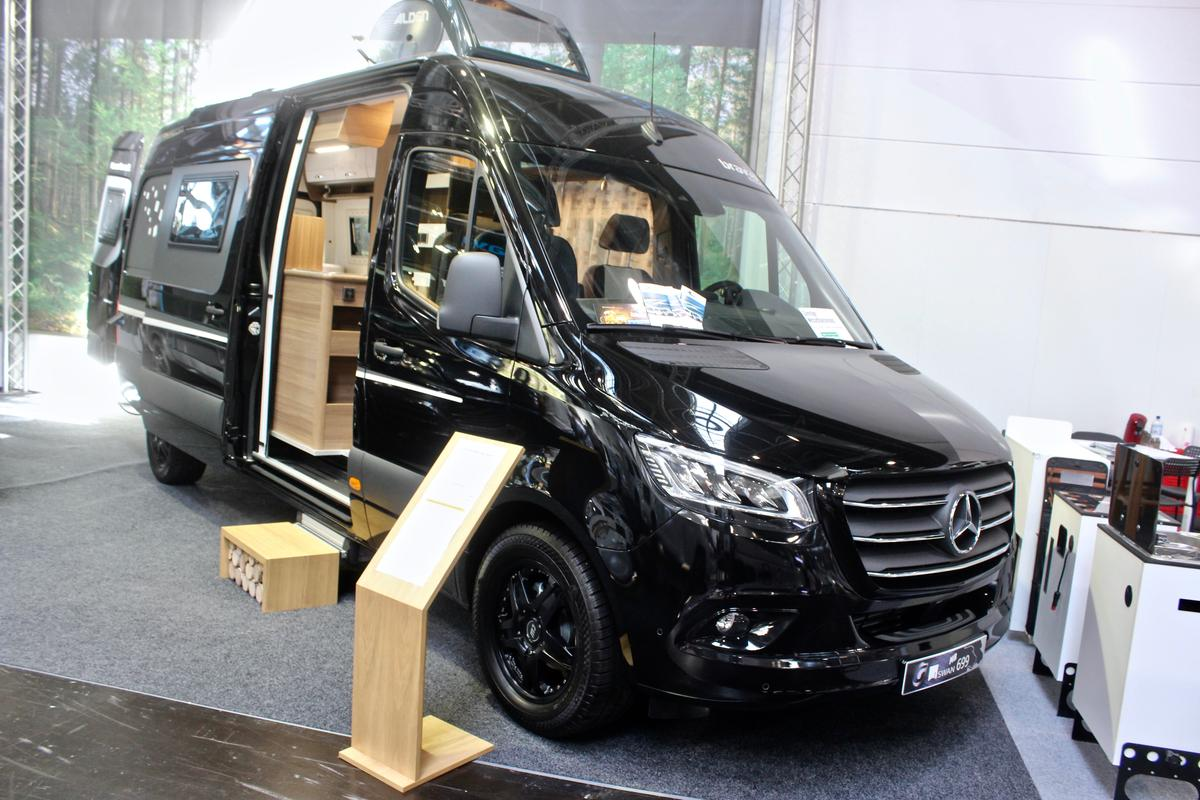 We spotted the Bravia Swan 699 once again at the 2019 Caravan Salon in September