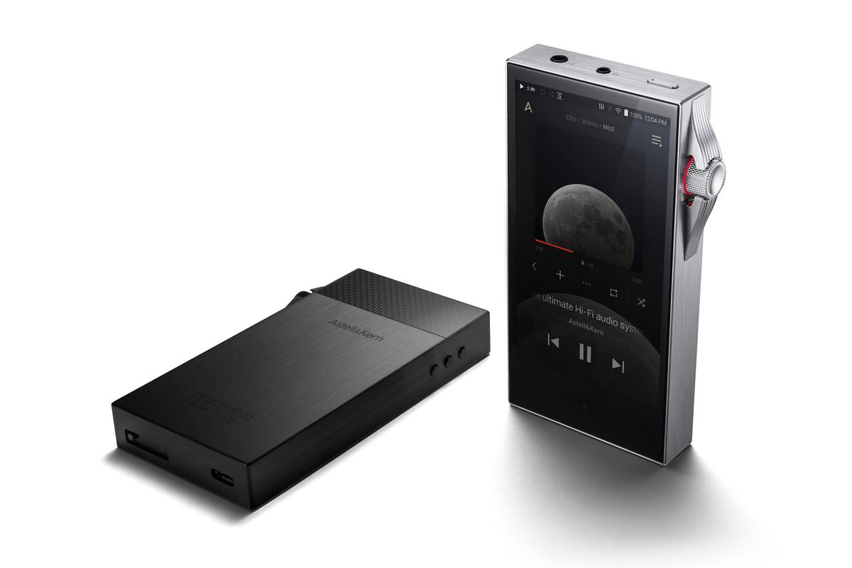 The SA700 portable audio player from Astell&Kern