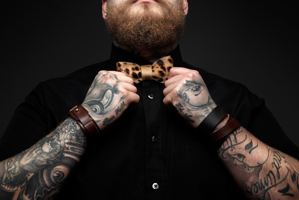 Scientists havegained a new insight into thebehavior of nanoscale particlesin tattoo recipients
