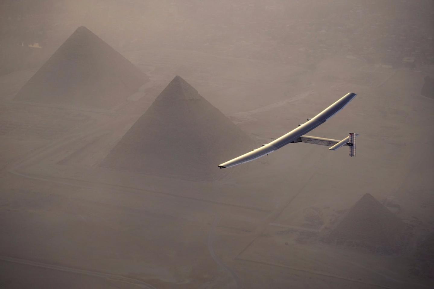 Solar Impulse 2 over the Great Pyramid