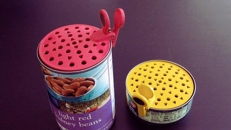 The GoCan Drainer offers a simple way of draining the juices from canned food