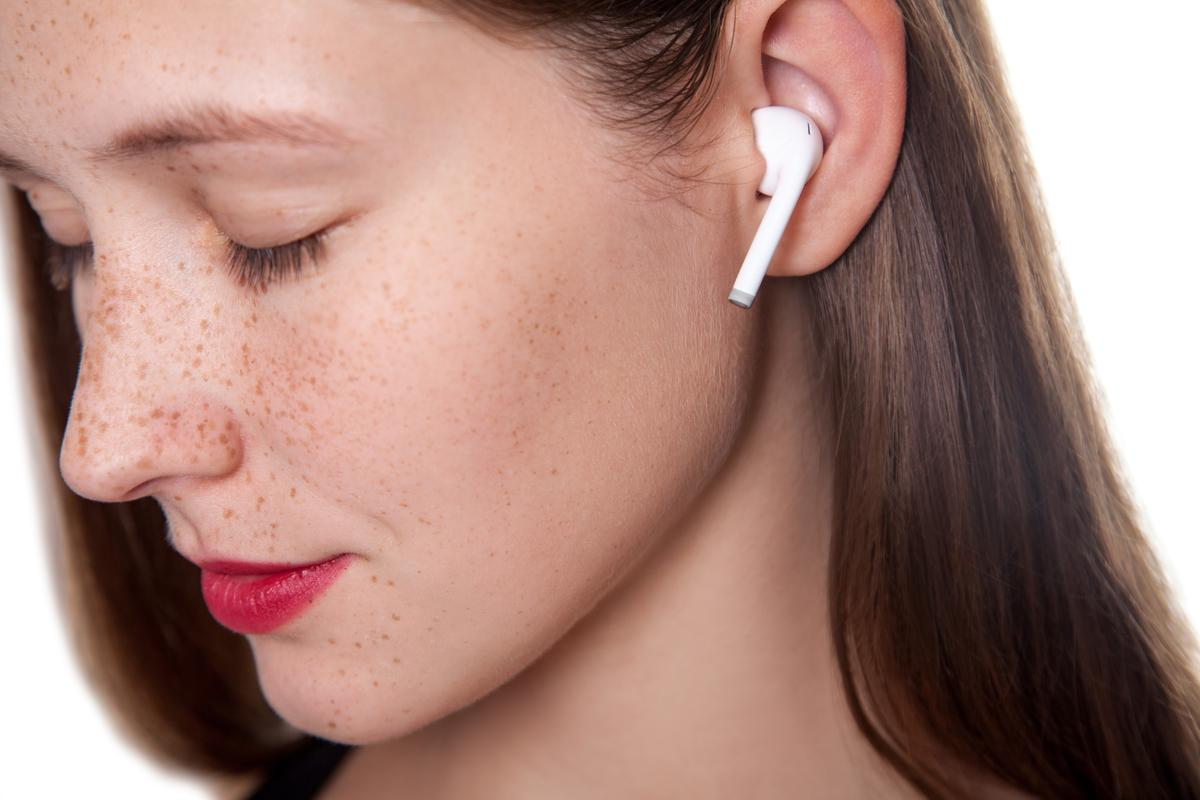 Plans call for the EarEcho system to work in either of the user's earbuds, or perhaps in both at once for better accuracy