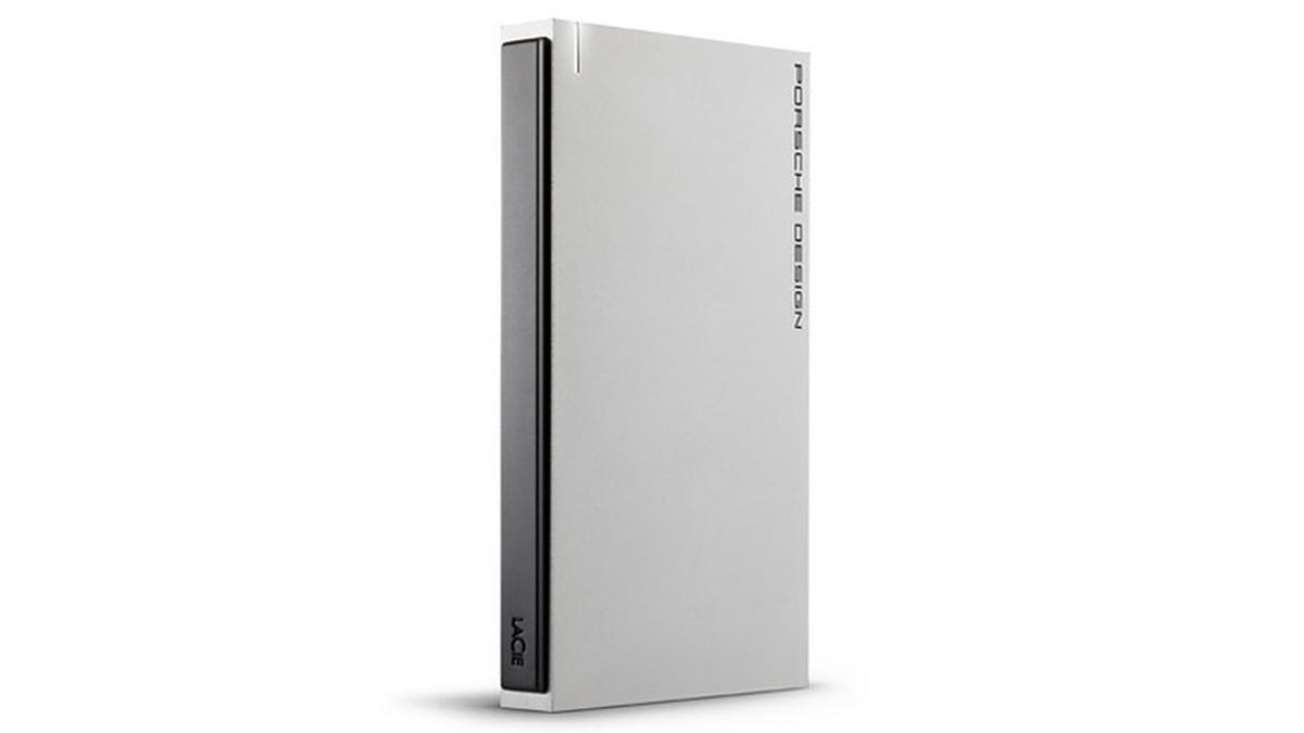 The external hard drives feature a simple, attractive design with a 3mm (0.1 in) thick solid aluminium casing