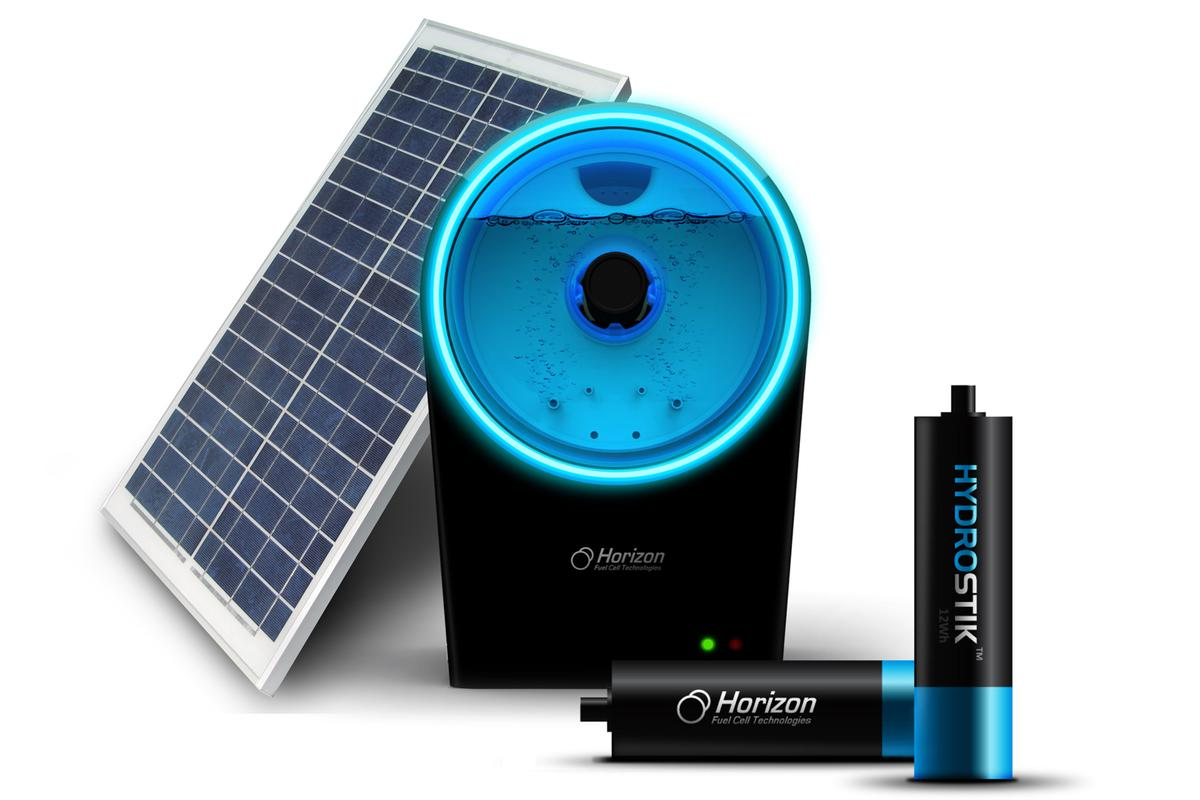 The Horizon Fuel Cell Technologies HYDROFILL and two Hydrostik cartridges
