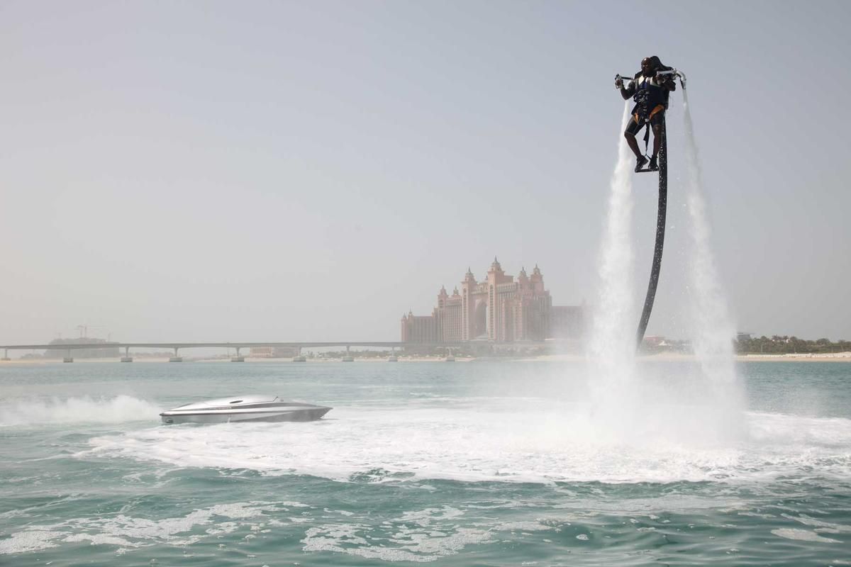 The Jetlev-Flyer in action