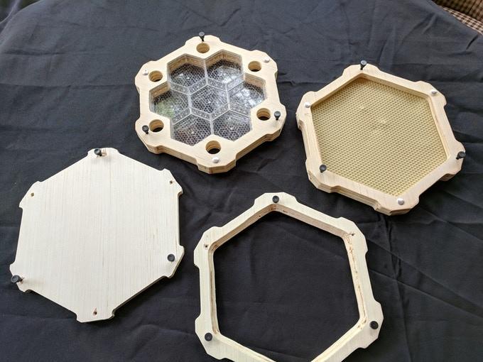 Honeycomb Hives' Smart Frames