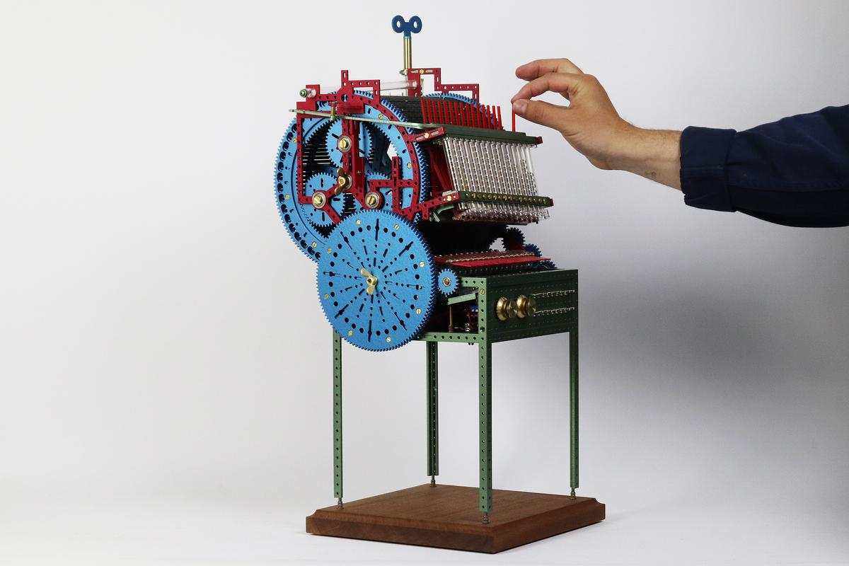 Love Hultén's tiny tribute to Martin Molin's giant mechanical music machine