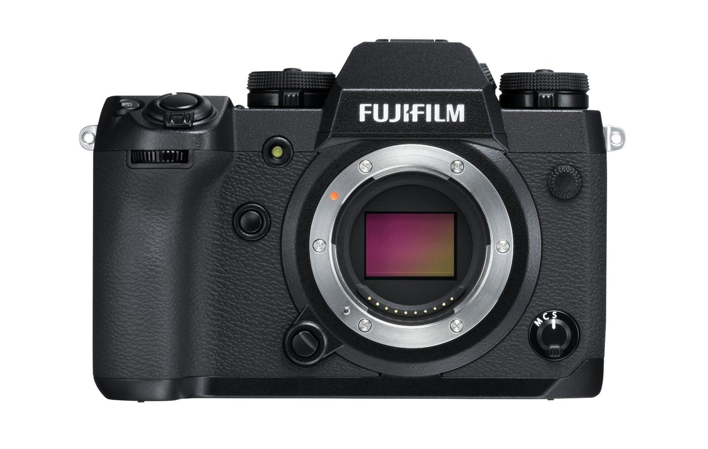 The Fujifilm X-H1 featuresa 24.3 megapixel APS-C (23.5 x 15.6 mm) X-Trans CMOS III sensor paired with an X-Processor Pro image processing engine