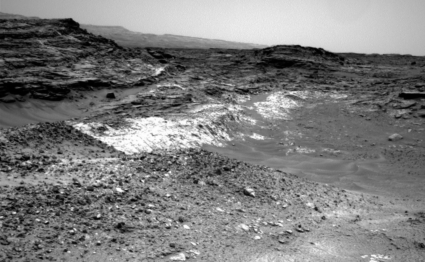 Example of the type of geological feature that the Curiosity team is hoping to examine