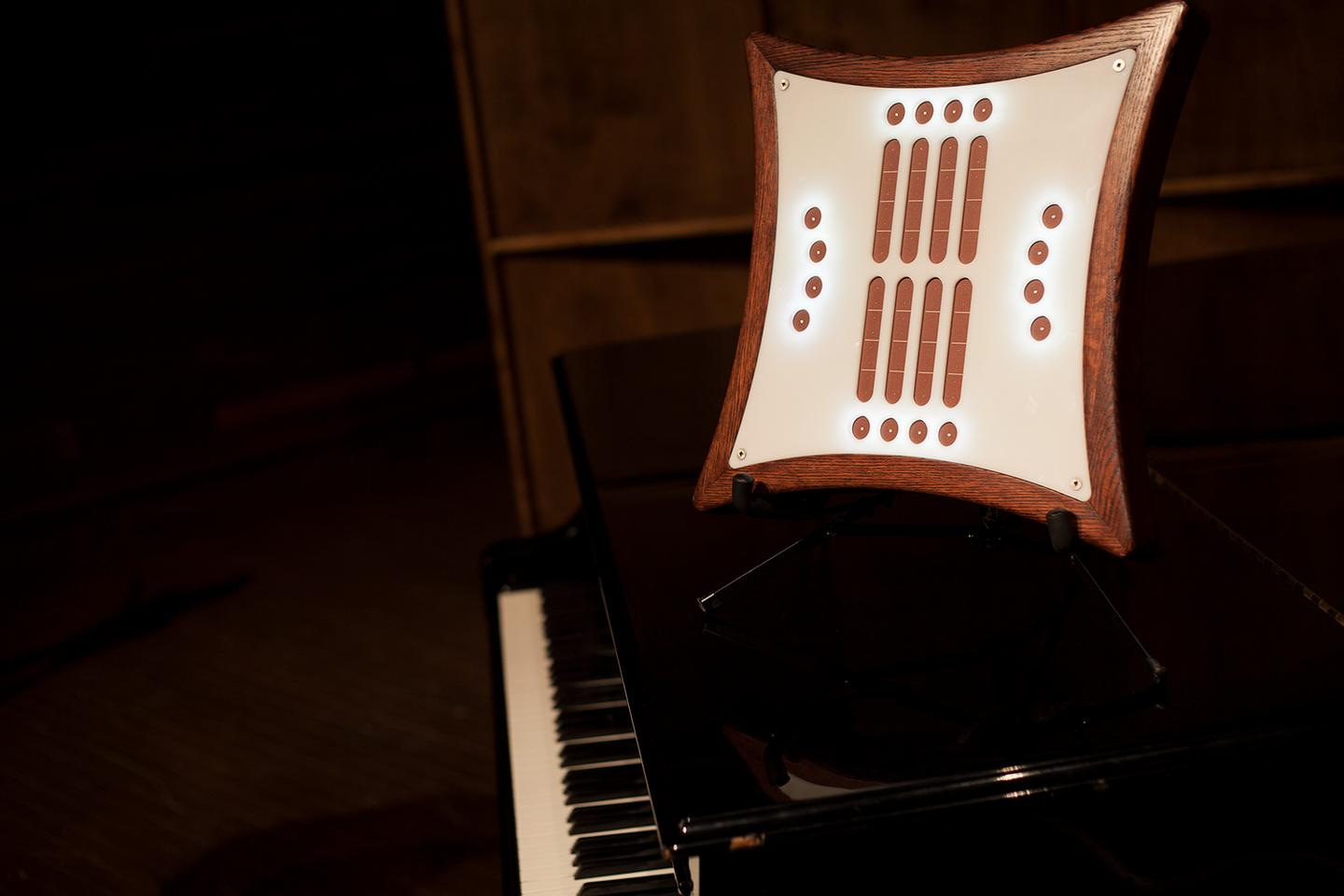 The Mune is crowdfunding on Kickstarter, where pledges start at CAD 776