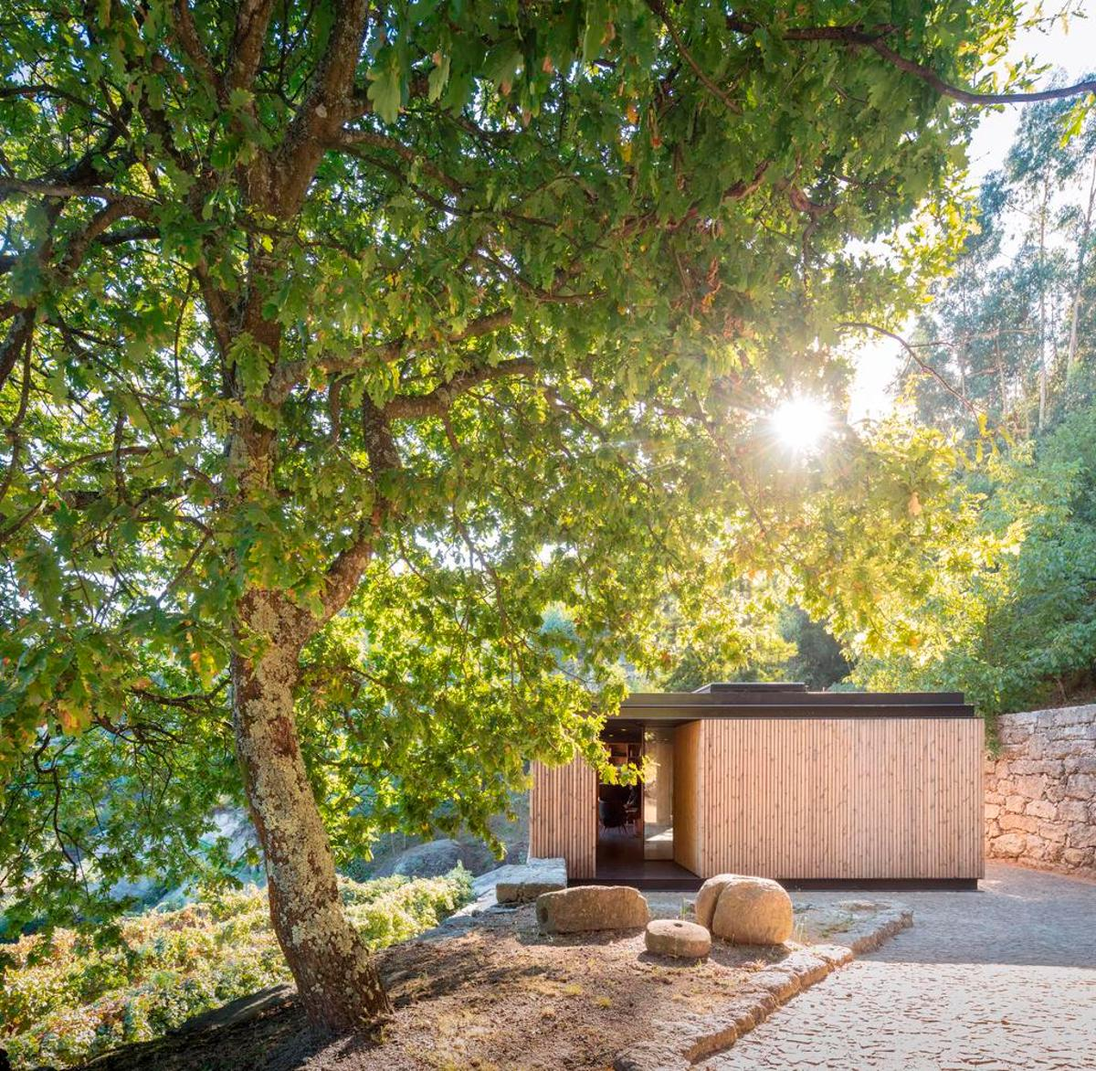 Pavilion House was created as an idyllic guest home in Portugal