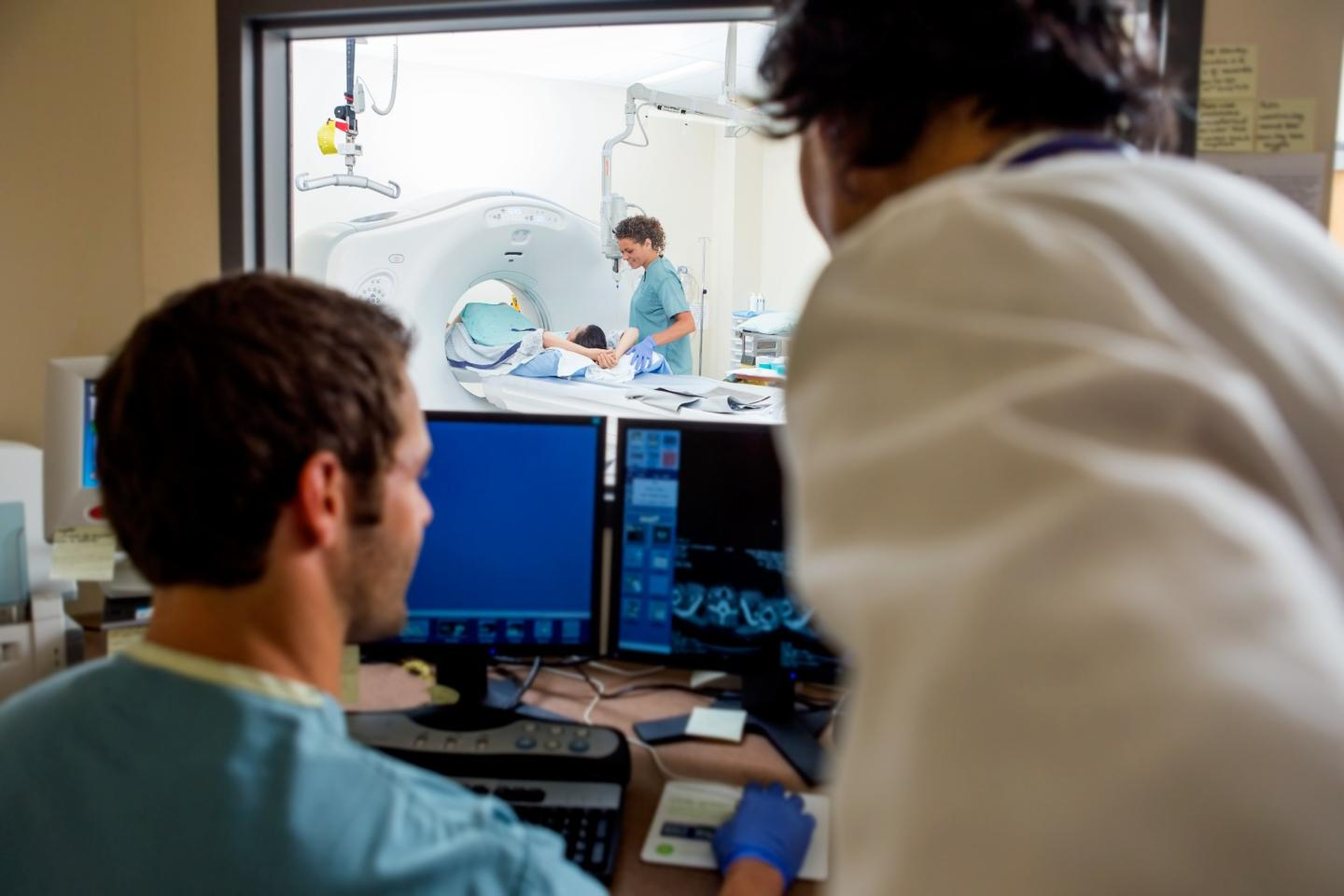 A new AI system can effectively predict those at the highest risk of dying from ovarian cancer with greater accuracy than existing methods, such as CT scans