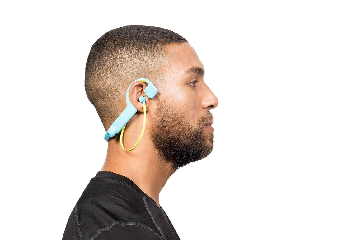 The Conduit Sports headphones offer off-ear bone conduction music listening, anin-ear bud-type experience, or a combination of both