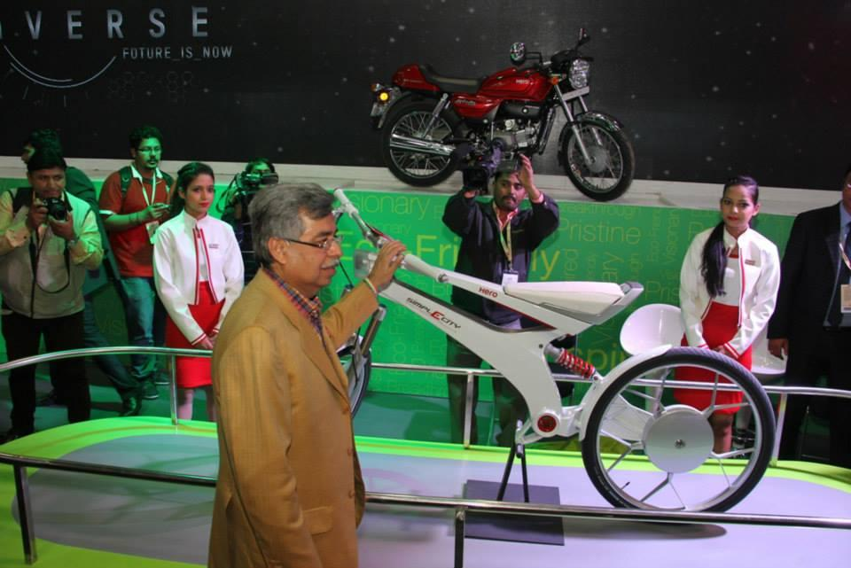 Munjal and the featherweight the featherweight next generation electric SimplECity;