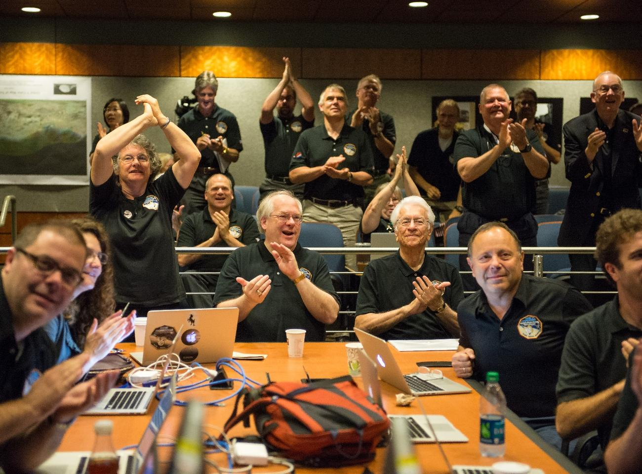 New Horizons team reacts to the flyby