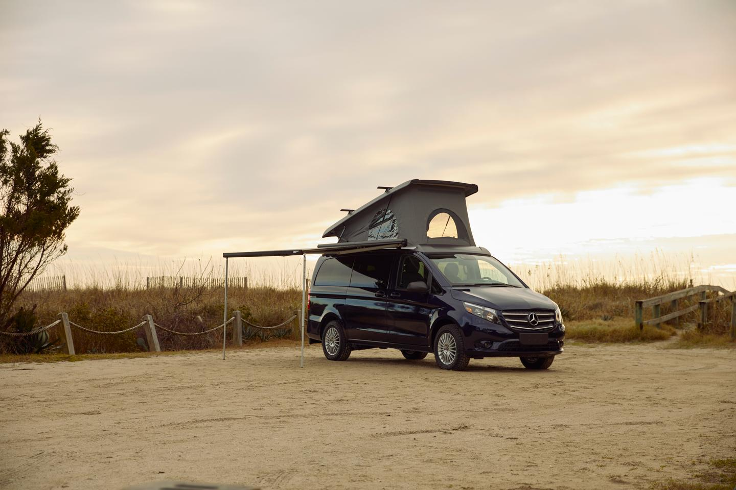 Mercedes Metris Weekender with optional awning and roof crossbars