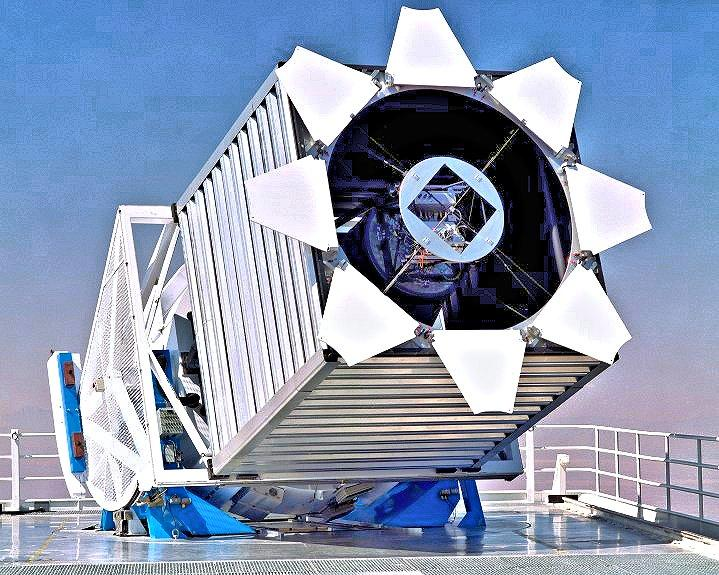 The 2.5 meter (8.2 foot) SDSS telescope at Apache Point Observatory in southern New Mexico (Photo: SDSS-III)