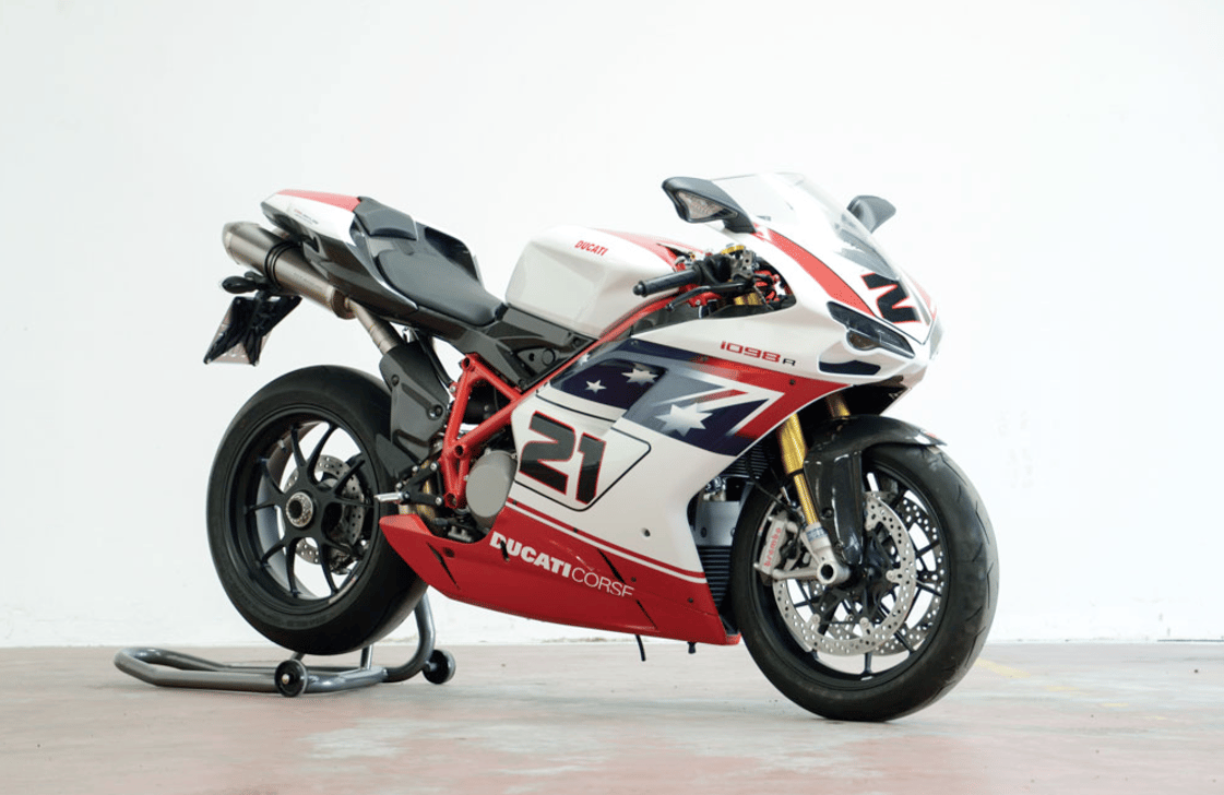 The second-highest price fetched by a motorcycleat the RM-Sotheby's DueMile Route auction in Milan on 25-27 November, 2016 was this 2009 Ducati 1098R Troy Bayliss Replicawhich fetched €44,460 ($47,154)