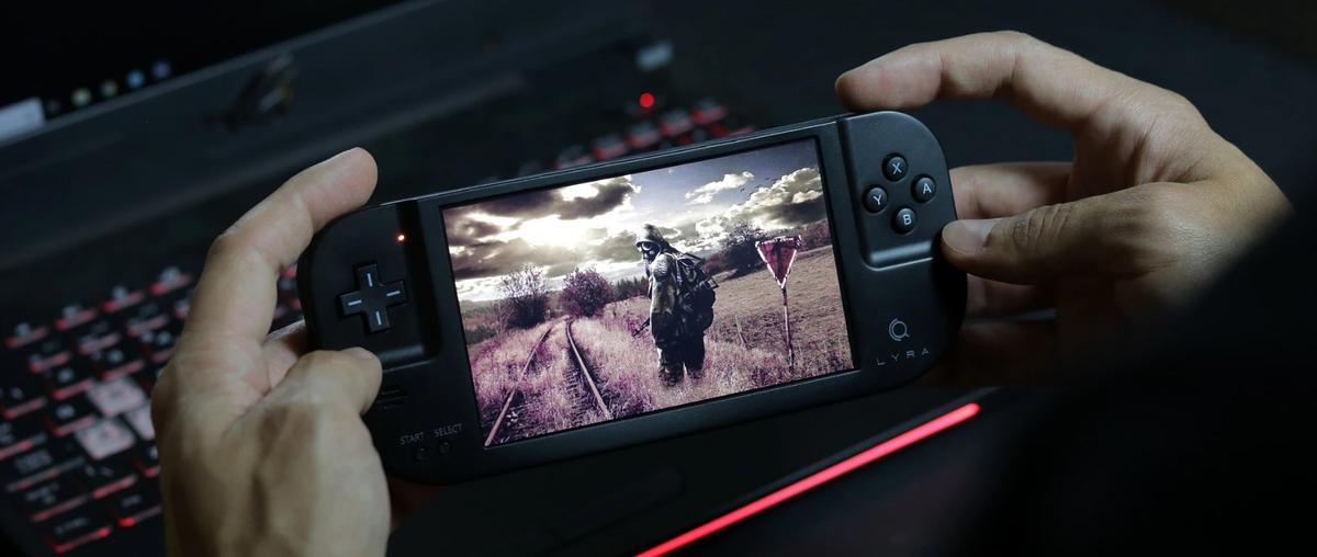 Lyra's5-inch,TFT LCD display runs at a resolution of800 x 480, sufficient for most classic console game ROMs