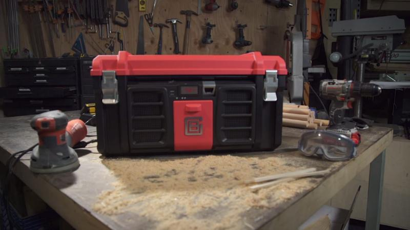 Coolbox is a toolbox which comes with a host of fixtures, fittings, and features