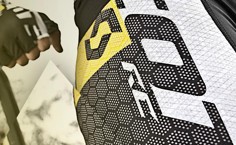 Scott's ITD ProTec fabric incorporates strands of carbon fiber and a matrix of ceramic dots
