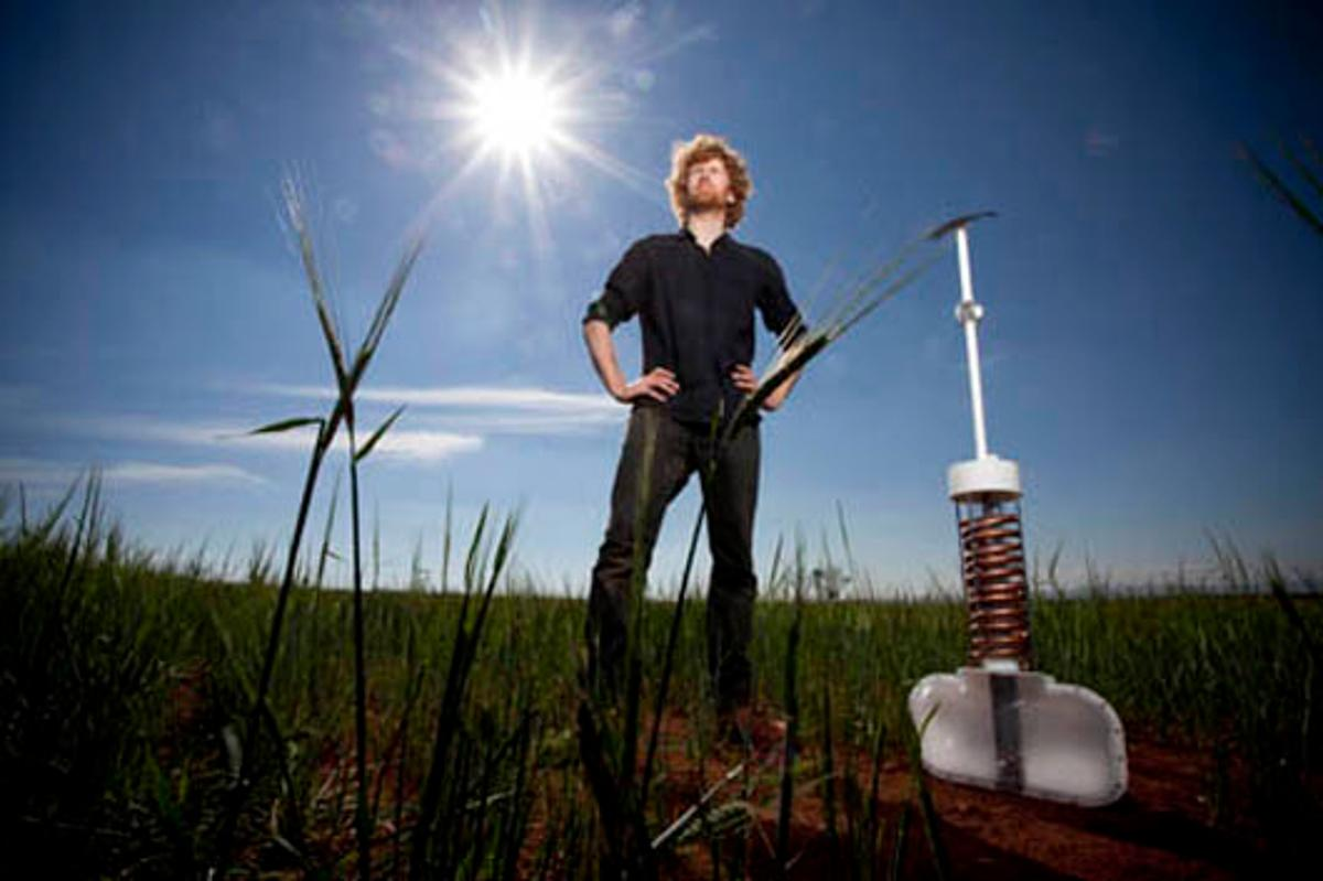 Edward Linacre has won the 2011 James Dyson Award for his Airdrop irrigation concept