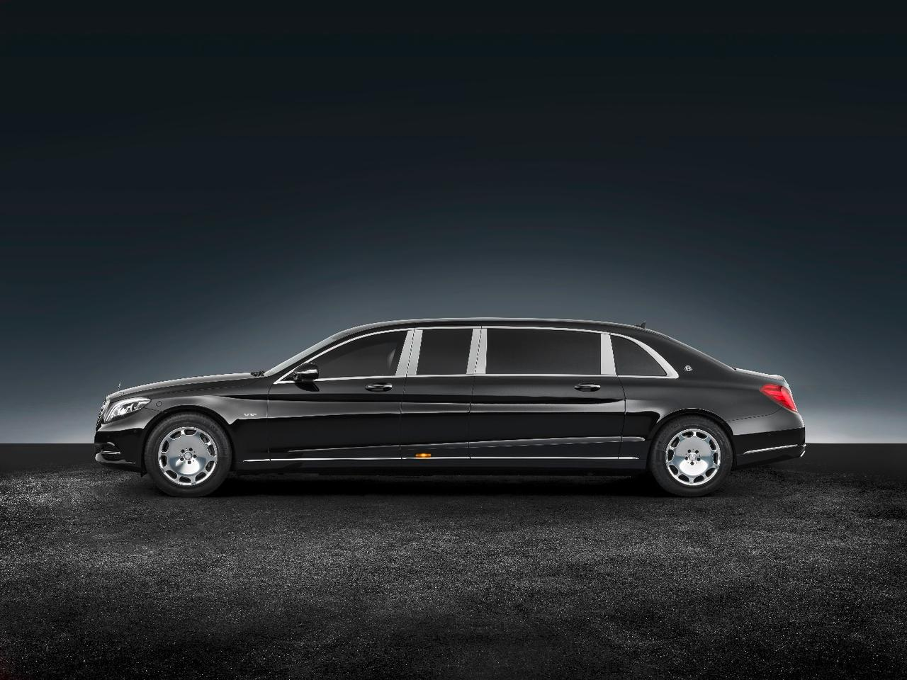 The Mercedes-Maybach S600 Pullman Guard weighs 5.1 tonnes (5.6 tons)