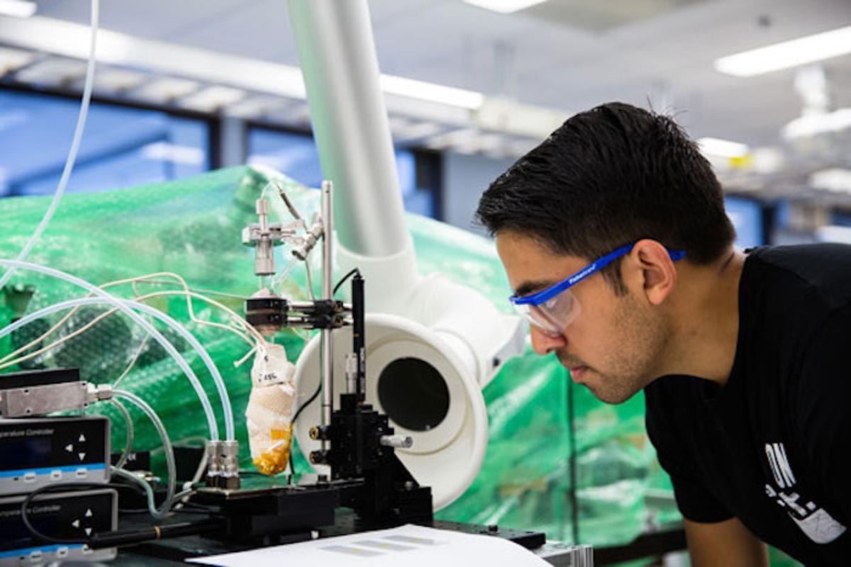 Graduate studentSiddharth Suresh Borsadia uses organic vapor-jet printing to create medication in a new University of Michigan study