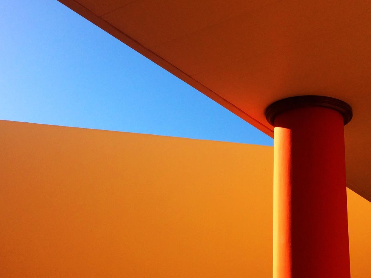 Mette Bruus does an excellent job of slicing the sky with different shades of warm orange